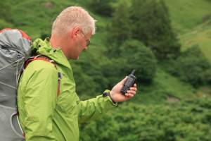 Garmin GPSMAP 62St Handheld Hiking GPS Navigator - backcountry mountain hikes