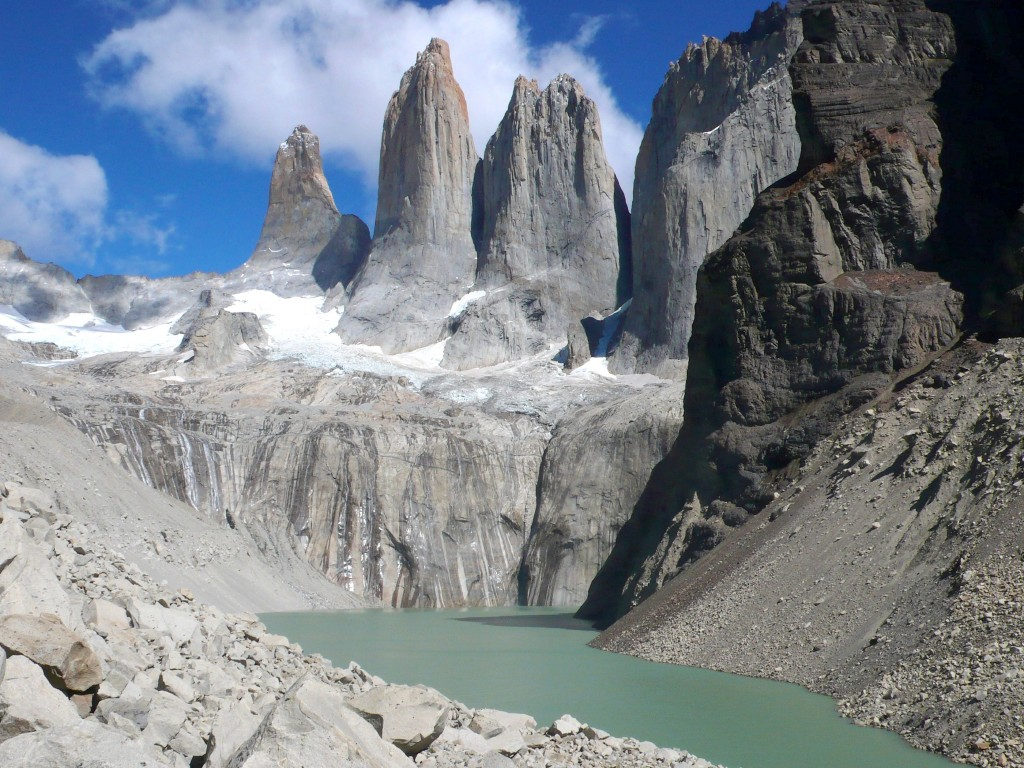 W Trail Circuit Torres del Paines Patagonia in Chile.jpg
