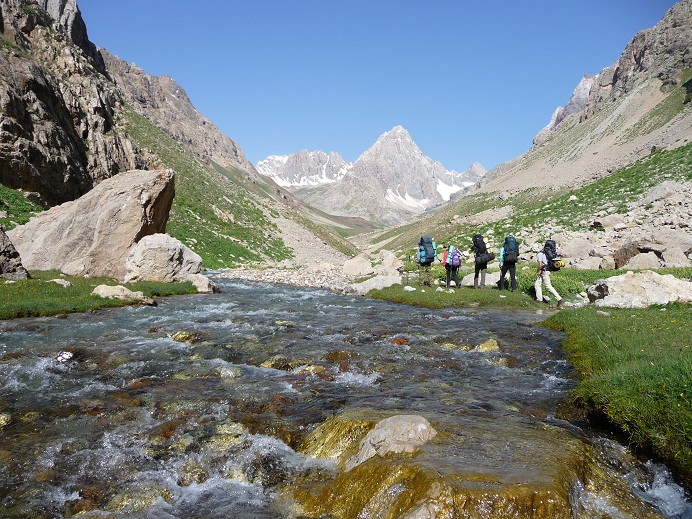 Trekking the Pamir Mountains trails Tajikistan towards Kaznok pass