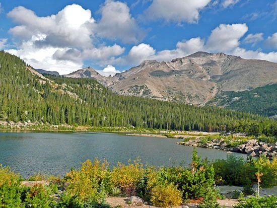 Bluebird Lake Sandbeach trail Rocky Mountains