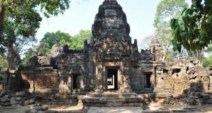 Angkor Hinduism Faces Temple Complex hiking backpacking
