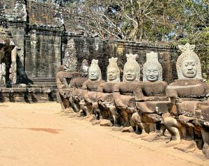 Cambodia Angkor Bayon Guards Statues hiking backpacking